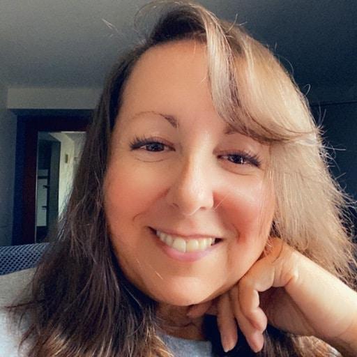 Diana Echevarria   CEO Make It Virtual Assistant